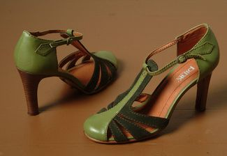 Gorgeous green 1920's vintage #shoes
