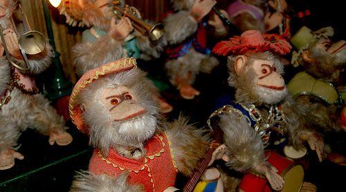 Bimbo Box Monkeys