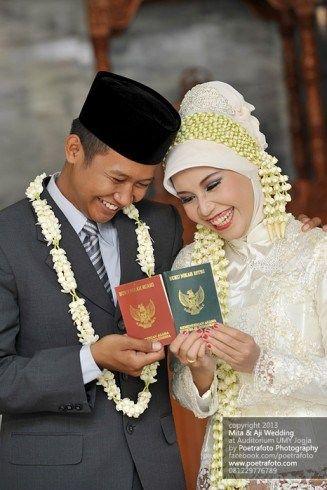 Foto Pengantin dg Baju Kebaya Pengantin Muslim-Muslimah Mita+Aji di Wates Yogyakarta
