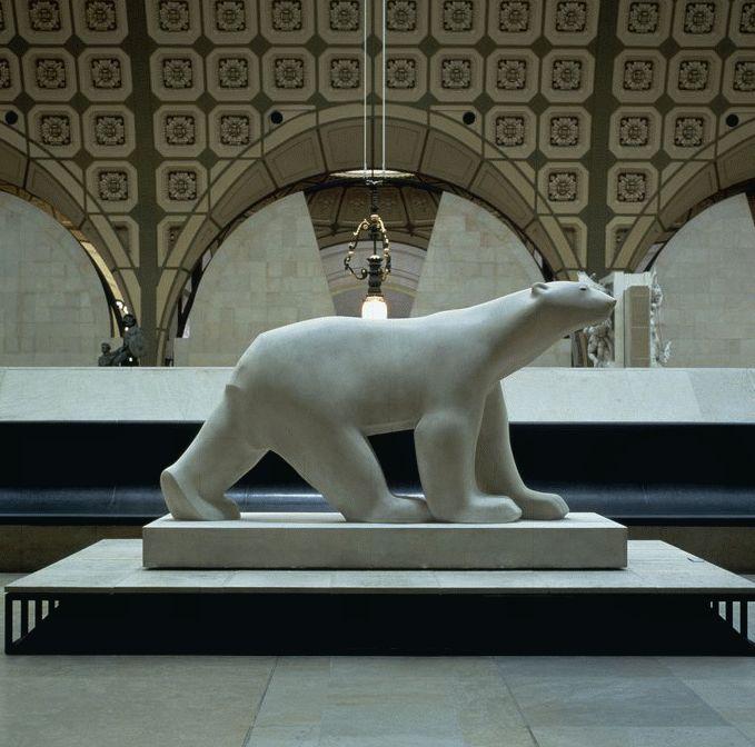 """François Pompon (1855-1933): """"Ours Blanc""""- Paris, Musée d'Orsay"""
