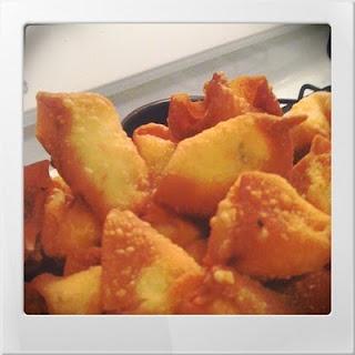 Recipe :: Crab Rangoon + Sweet & Sour Sauce | Chelsea Days