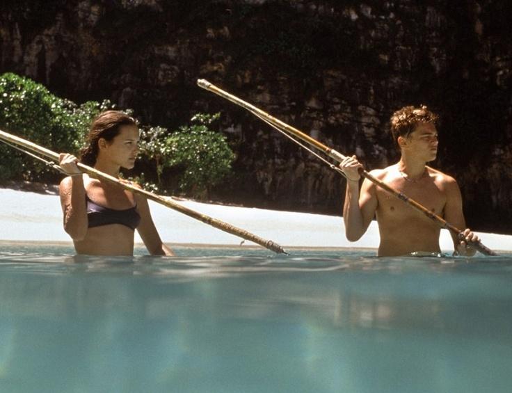 Virginie Ledoyen La película 'La playa' (2000), que protagonizó junto a Leonardo DiCaprio, nos dio a conocer a esta actriz francesa. ¿Y cómo hay que estar en la playa? En bikini. Pues eso.