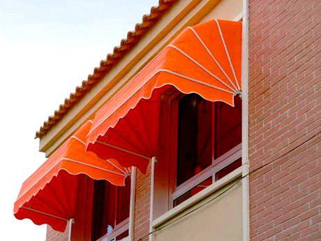 Tipos de toldos para exterior y balcones