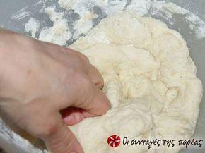 Εξαιρετική συνταγή για Απίστευτο χωριάτικο ζυμάρι. Δοκιμάστε αυτό το ζυμάρι και θα εκπλαγείτε. Είναι μαλακό και δεν σπάει στο ψήσιμο όπως τα συνηθισμένα. Λίγα μυστικά ακόμα Μπορείτε αν θέλετε να προσθέσετε στο ζυμάρι αποξηραμένα μπαχαρικά π.χ. σκόρδο, πάπρικα, ρίγανη.Ανοίγετε το φύλλο και βάζετε ένα πάνω και ένα κάτω για να φτιάξετε την πίτα σας. Ευχαριστούμε την ANGOLINA για τις φωτογραφίες βήμα βήμα.