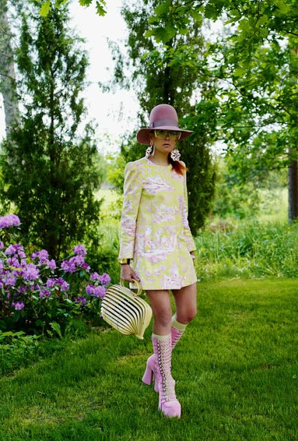The wardrobe of Ms. B: Pink & Yellow