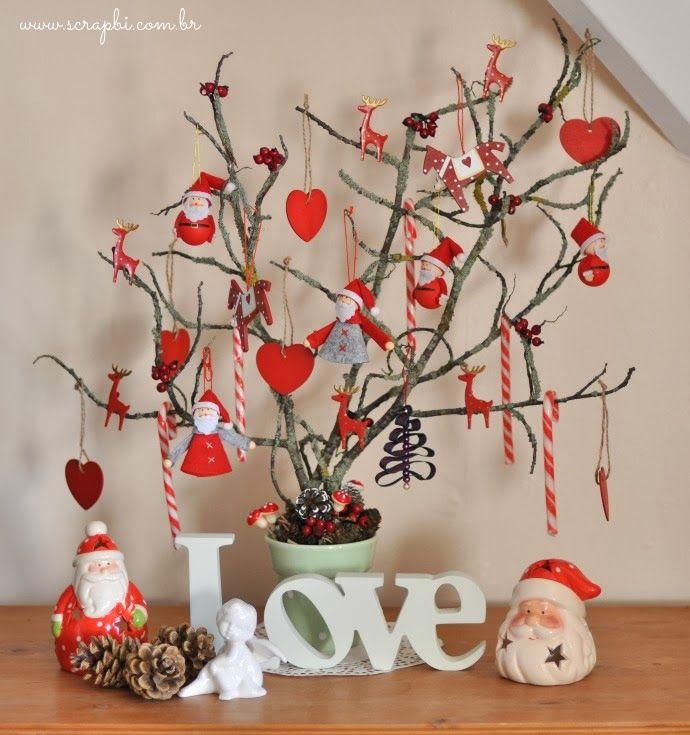 DIY - Árvore de Natal com galhos secos.                                                                                                                                                      Mais