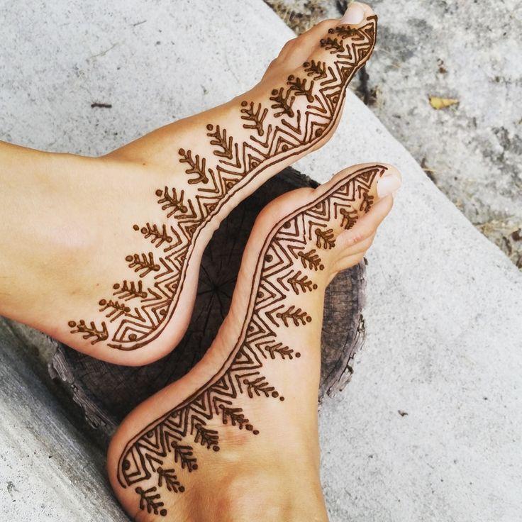 henna feet - Winnipeg Henna Artist - Lady Lorelie Productions