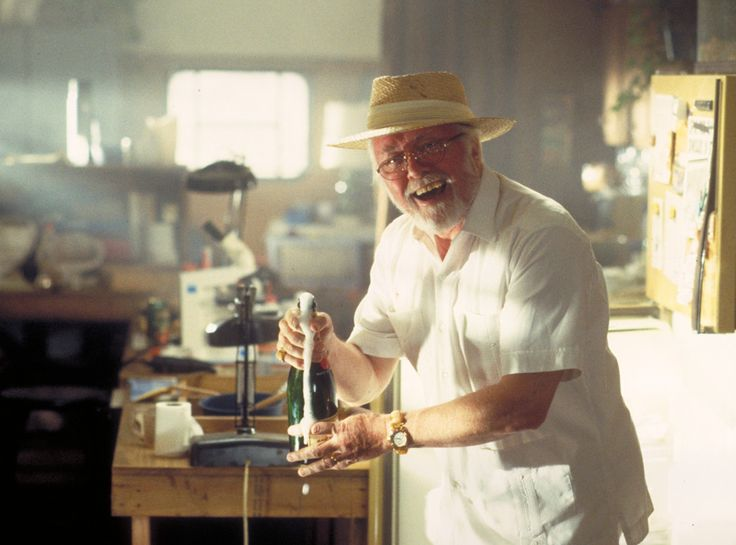 Richard Attenborough as John Hammond---- RIP you were the best guy for this role! I love Jurassic Park and I always will!