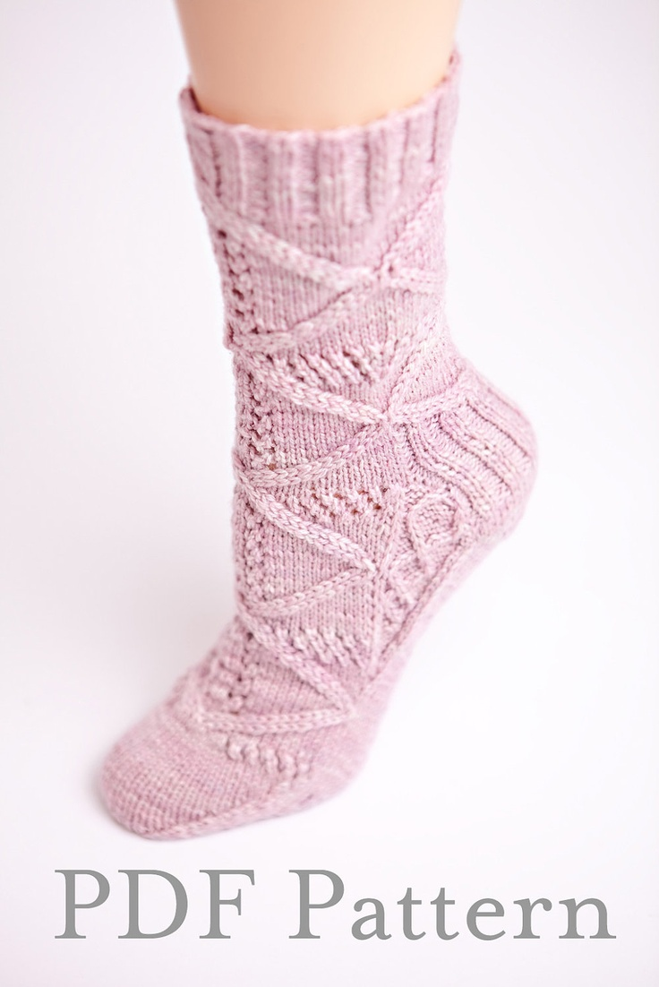 Knitted Ankle Socks Patterns Free : 1000+ images about Knitting: Socks & Slippers on Pinterest Free pattern...