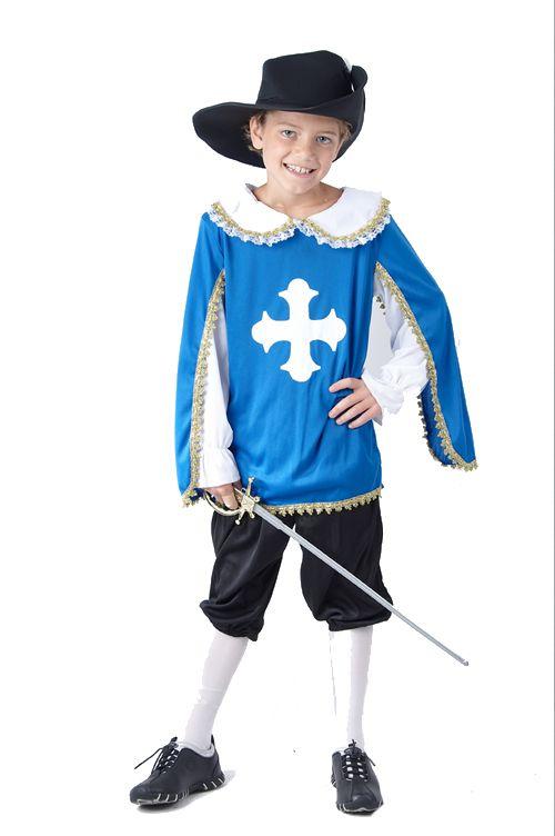 Costume moschettiere blu ragazzo: niente di meglio per la tua recita scolastica sui Tre Moschettieri o per uno spettacolo a tema storico!