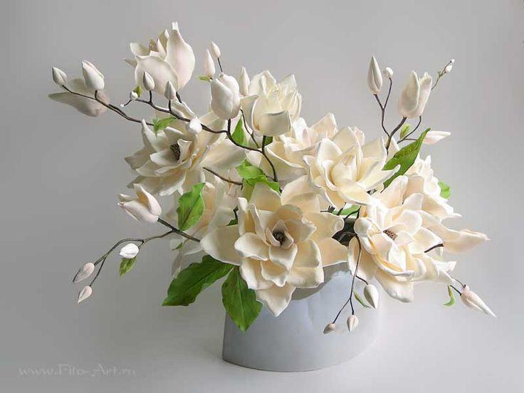 Букет магнолий. Цветы из полимерной глины. Екатерина Звержанская.
