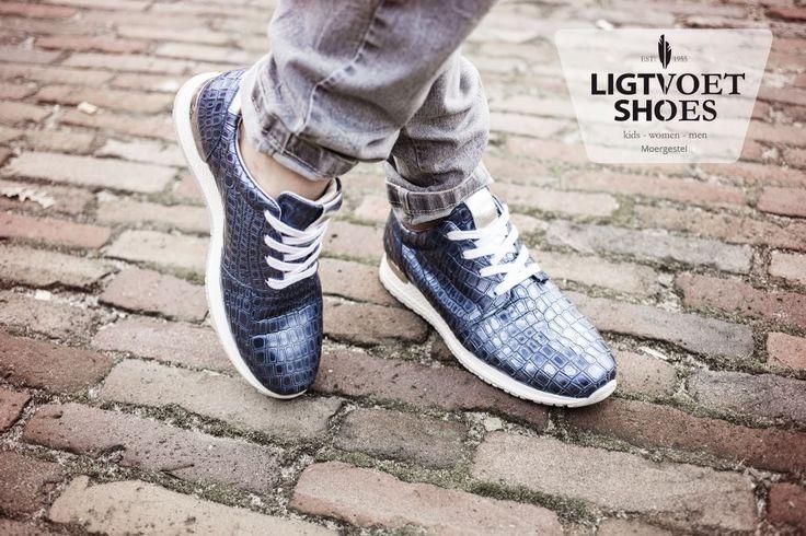 Met een uitgebreide collectie Aqa Shoes voor vrouwen is er voor een ieder wat wils! Bij Ligtvoet Shoes kan je de schoenen reserveren, zodat je zeker bent dat jouw maat nog beschikbaar is wanneer je in onze winkel komt kijken. Kijk op onze website voor de gehele collectie of om te reserveren!