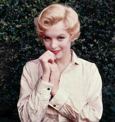Marilyn Monroe on Pinterest | Rare Marilyn Monroe, Milton Greene ...