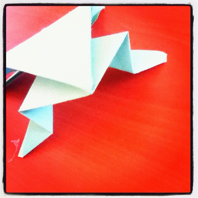 how to make a paper frog that hops