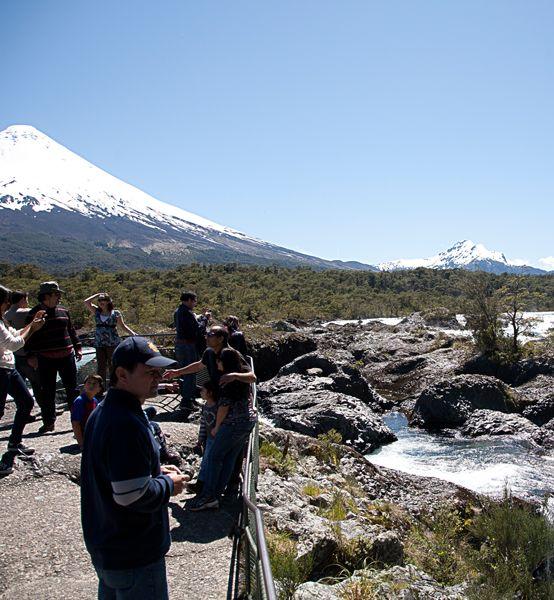 Puerto Varas : Volcán Osorno y Saltos del Petrohué