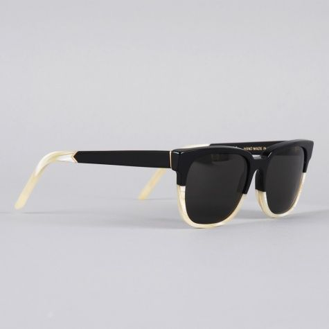 I'm gonna love this! wow, it is so cool. Ray Ban Sunglasses .only 11.00