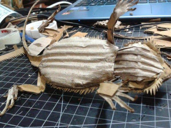 Simply Creative: Realistic Cardboard Sculpture by Zhongkai Xiang