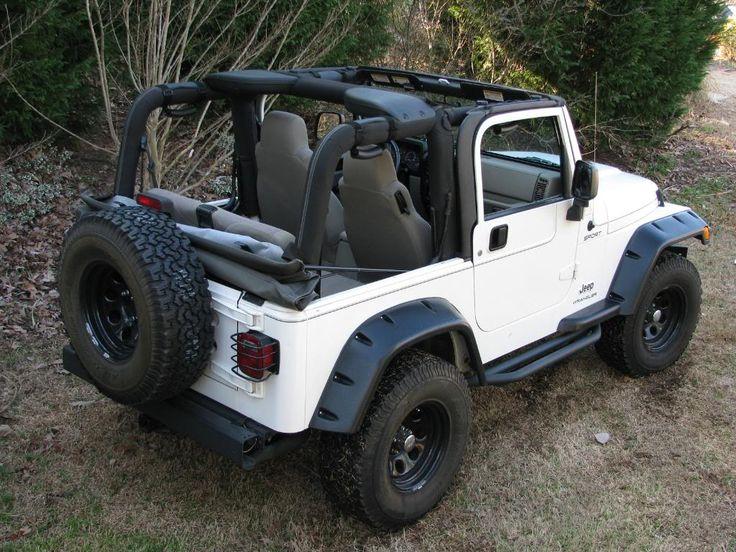 best 25 white jeep ideas on pinterest white jeep wrangler wrangler jeep and jeep wrangler. Black Bedroom Furniture Sets. Home Design Ideas