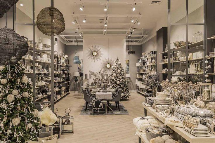 nábytok, doplnky a vianočné dekorácie