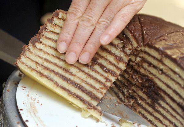 10 Layer Cake | Smith Island 10-Layer Cake - Baltimore Sun