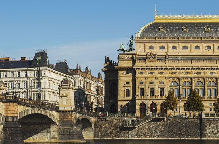 Praha - Národní divadlo #prague #praha #czechrepublic #wandering #wanderlust #ceskarepublika