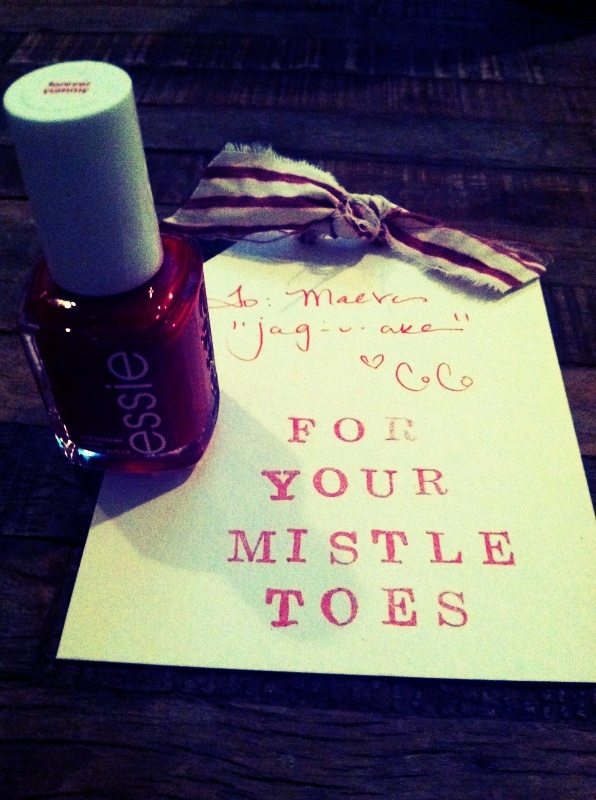 Cheap Christmas gift / stocking stuffer - Nail Polish For Your Mistle Toes SO CUTE! great for friends / co-workers / family / secret santa