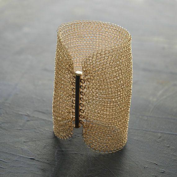 Braccialetto bracciale Cleopatra, oro all'uncinetto di filo pieno - 3,15 pollici di lunghezza, filo maglia on Etsy, 256,78€