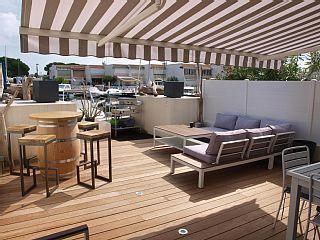 Superbe+Marina+6+pers.+de+73m²+à+Port+Camargue+-+Terrasses+et+appontement+++Location de vacances à partir de Aigues Mortes et Camargue @homeaway! #vacation #rental #travel #homeaway