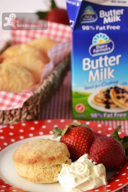 Bake for Happy Kids: Buttermilk Biscuits (Pioneer Woman)