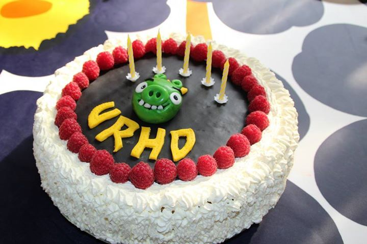 Bad piggies cake for my 5 yo old boy