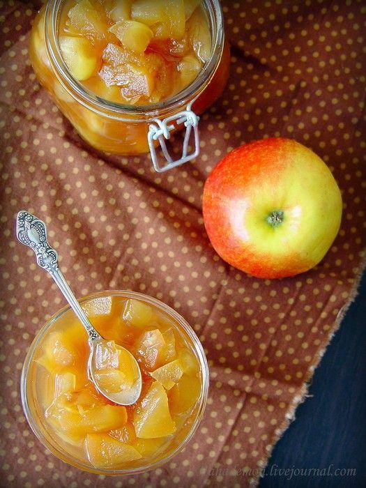 Яблочный джем с засахаренным имбирем и салат на скорую руку
