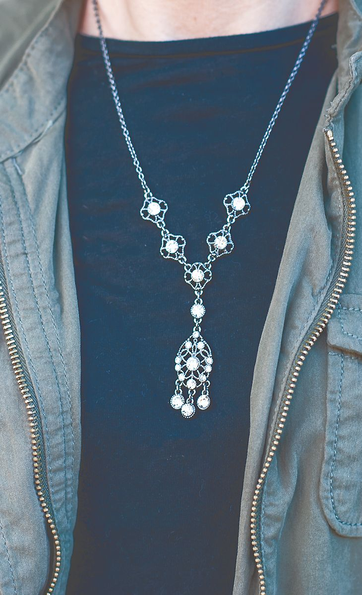 Easy, chic, and ready to roll with Liz Claiborne crystal silver tone y-necklace