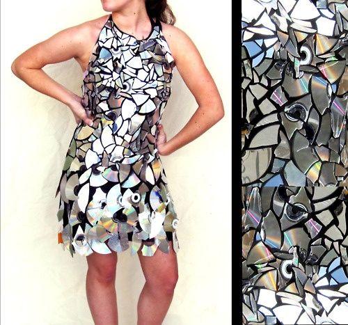 Resultado de imagen de recycled cd clothes