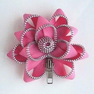 Zipper rose
