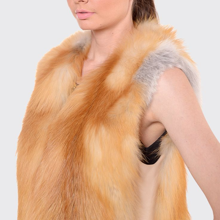 Lovely fox fur vest in natural colour.