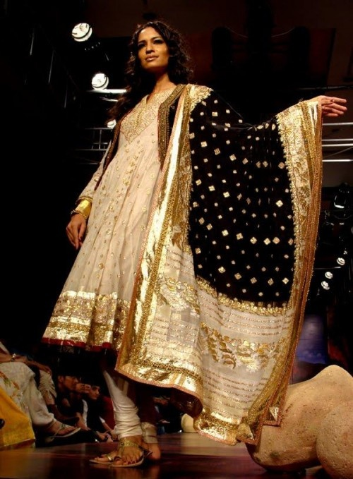 ritu kumar. always a fan of the gold and off white