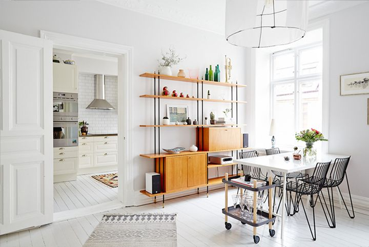 dining room | string shelving