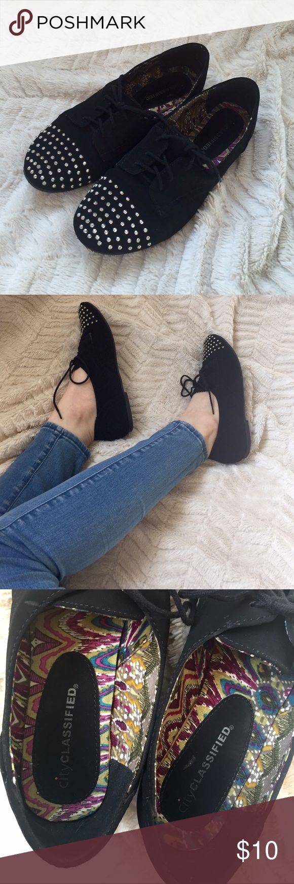 Black Studded Velvety Oxford Flat Lace Up Shoes Worn once • In basically brand new condition • black, velvety material • No studs missing • Pretty patterned fabric inside • Women's size 7 Shoes Flats & Loafers