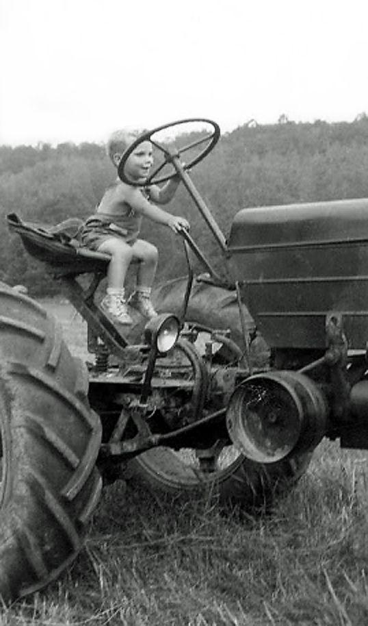 +~+~ Vintage Photograph ~+~+  Varoom!
