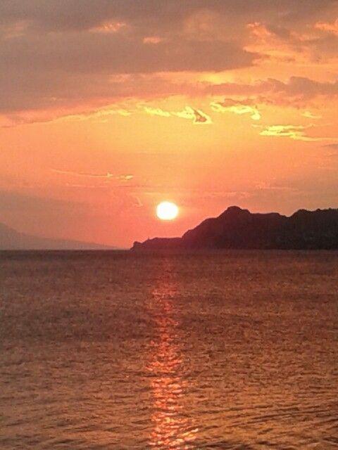 Sunset loutraki  φλαbaraki Greece