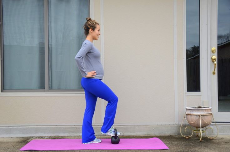 Awesome kettlebell home workouts for pregnancy!
