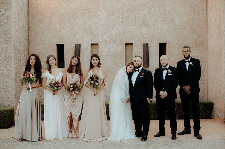 There's always so many photos that don't make the blog post like this one from Reem and Jenai's wedding.  - www.chasewild.com