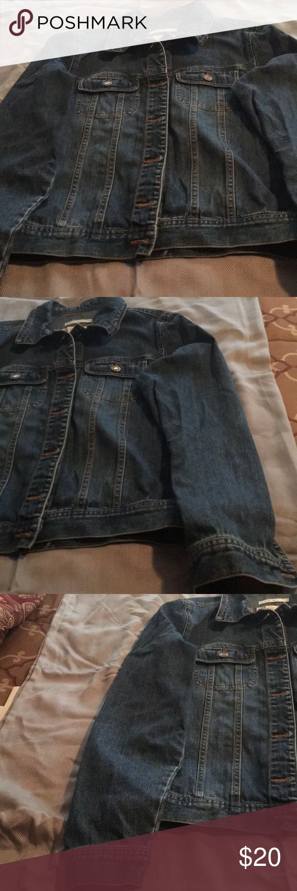 Ladies Old Navy Blue Jean jacket Ladies Old Navy blue jean stretch jacket size S. Old Navy Jackets & Coats Jean Jackets
