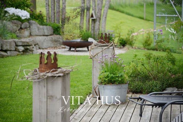 Die besten 25 gartendeko rost ideen auf pinterest rost deko garten rostiges metall und for Landhausgarten deko