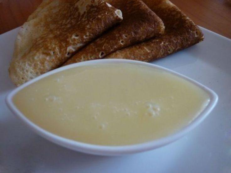 LAPTE CONDENSAT            Cu această rețetă minunată, laptele condensat iese un deliciu de nedescris, iar culoarea și gustul sunt aproape identice celui din comerț. Urmați câțiva pași simpli de preparare și savurați apoi cel mai delicios și fin lapte condensat gustat vreodată. Serviți-l cu clătite, gogoși sau papanași, la micul dejun sau oricând aveți poftă de ceva dulcișor! …