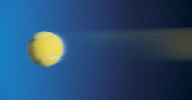 Como descobrir a velocidade final de qualquer objeto. Enquanto a velocidade inicial fornece informações sobre o quão rápido um objeto está se movendo quando a gravidade aplica sua força sobre ele, a velocidade final é uma grandeza vetorial que mede a direção e a velocidade de um objeto em movimento após ter alcançado a aceleração máxima. Se você estiver aplicando o resultado na sala de aula ou na ...
