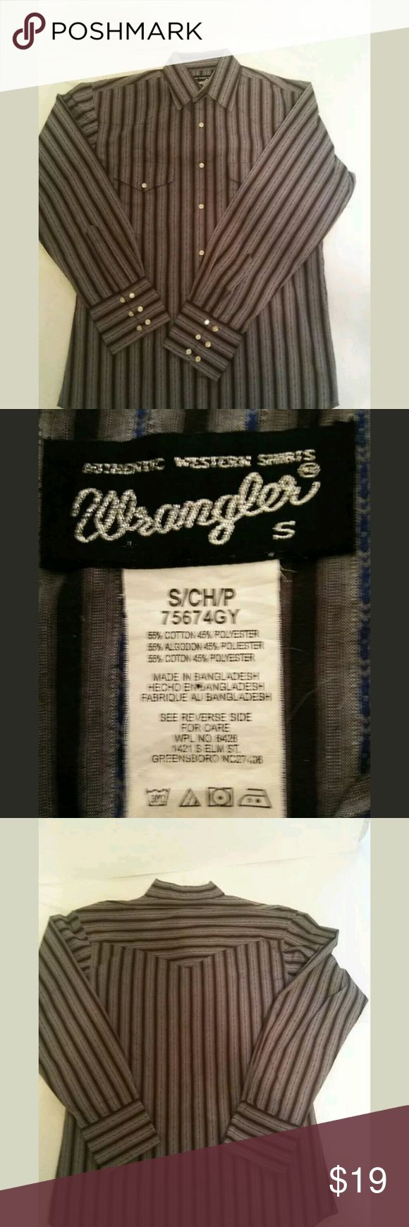 Mens wrangler shirt Snap down , front pockets, like new condition. wrangler Shirts Dress Shirts