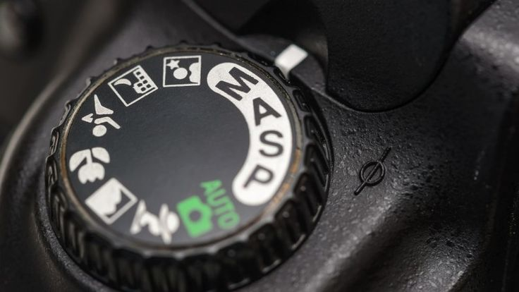 Ditch Auto learn how to take fantastic pictures with your DSLR Camera in Manual. Unlock your camera s true potential! - Free Course
