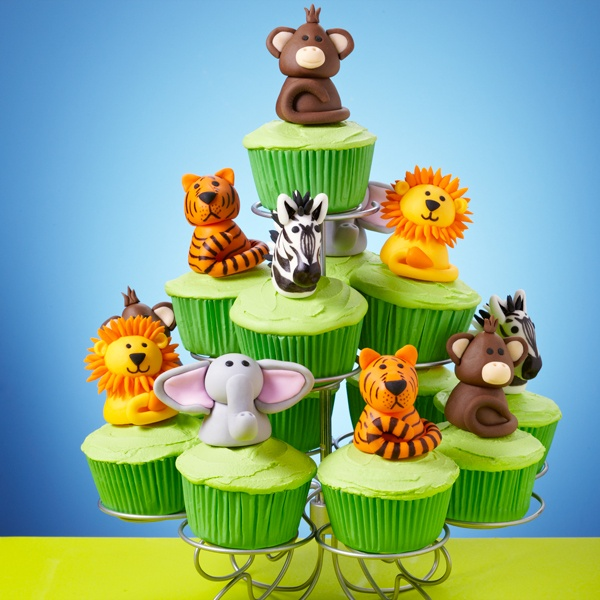 Lions, tigers and monkeys … oh my, they certainly make for a wild cupcakes scene that would be great for a birthday party. Display your cupcake creations using the Wilton 13-Ct. Cupcakes-N-More Dessert Stand.