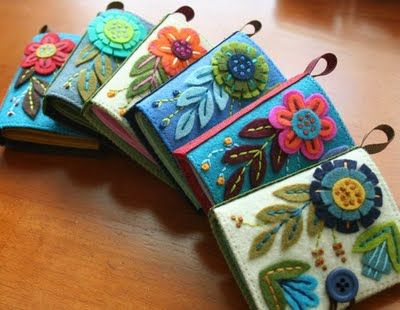 needle books.  Very cute.  Maybe Manda will make me these for Mother's Day?